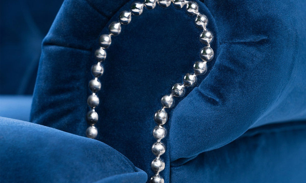 luxury-blue-velvet-armchair
